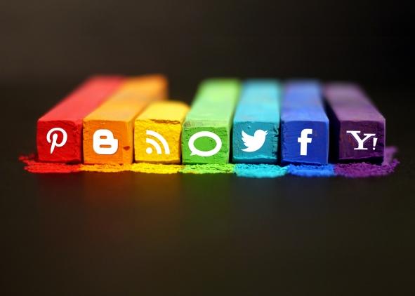 http-mkhmarketing-files_-wordpress-com201302art-of-social-media-5x7-jpg